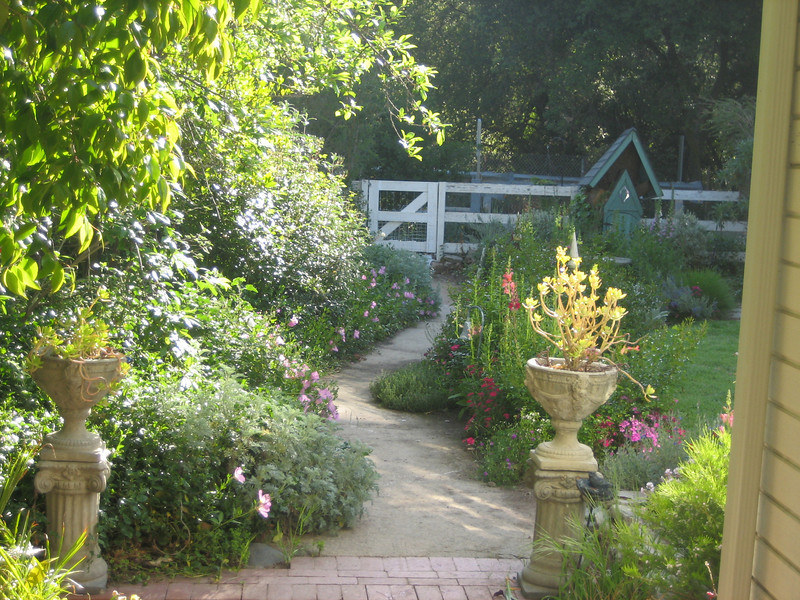 Cottage Garden Landscape Design By Bonnie